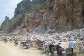 Sập mỏ đá, 3 người chết, 1 người bị thương