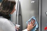 Cách làm sạch tủ lạnh nhanh