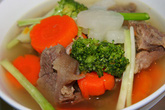 Súp gân bò hầm rau củ thanh ngọt