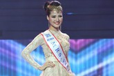 Trần Thị Quỳnh vào top 6 Mrs. World