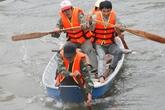 Người dân vùng lũ Hà Tĩnh được tập huấn cứu hộ, cứu nạn