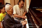 Nhạc sỹ Trần Tiến: Trái tim tôi nhỏ bé, không chứa nổi một nhân cách lớn như Đại tướng!