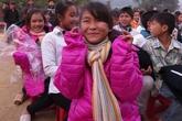 300 chiếc áo ấm đến với học sinh vùng đặc biệt khó khăn huyện Mộc Châu