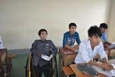 Thí sinh bại liệt học giỏi được đặc cách vào ĐH Vinh ngay trong ngày thi đầu tiên