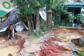 Hương Sơn, Hà Tĩnh: Tang thương trong lũ