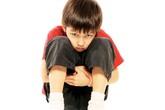 Ngược đãi hoặc che chở quá mức, trẻ dễ mắc bệnh tâm thần