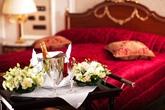 Để hôn nhân mỹ mãn, phải xem giường cưới