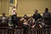 Ba cô gái ngực trần biểu tình đòi... quyền nạo phá thai