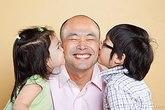 5 điều cha mẹ có thể nói dối con