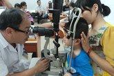 Trẻ em dễ bị biến chứng viêm kết mạc vì đau mắt đỏ