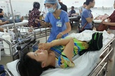 Nhiều người nhập viện sau khi ăn cơm, mỳ gà