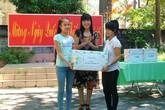 Quảng Bình trao quà cho trẻ em khó khăn