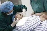 Chồng đi phẫu thuật thẩm mỹ vì... vợ trẻ hơn 24 tuổi
