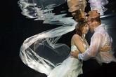 Ngắm những bức ảnh cưới dưới nước đẹp như mơ