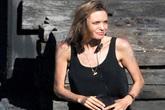 Angelina Jolie gầy khô như 'xác ve'