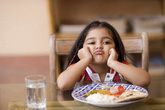 Tìm hiểu chứng biếng ăn ở trẻ