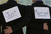 Chính phủ nói gì về hôn nhân đồng giới?