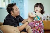 Ông xã Trần Thị Quỳnh tình nguyện chăm con cho vợ đi thi hoa hậu