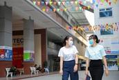 BN1342 - tiếp viên hàng không - đi học trong thời gian cách ly, nhà trường phải cho toàn bộ sinh viên nghỉ học