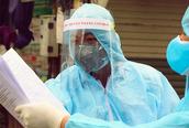 Hà Nội phát hiện 2 chuyên gia mắc COVID-19