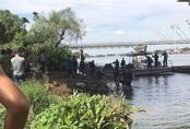 Bỏ lại quần áo và thư tuyệt mệnh, thanh niên gieo mình xuống sông Sài Gòn tự tử