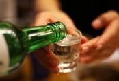 Bệnh nhân hôn mê, liệt nửa người vì uống rượu