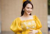 """Khéo mặc như Bảo Thanh, bụng bầu vẫn mê đầm công chúa, so kè """"chị Huệ"""" đẹp không thua"""