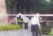 Người phụ nữ rơi lầu chung cư tử vong