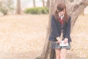 Tại sao nữ sinh Nhật vẫn phải mặc váy đồng phục vào mùa đông?