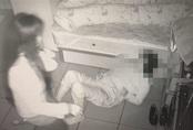 Mẹ già tử vong sau 4 ngày nhập viện, gia đình xem lại camera giám sát mới phát điên với hành động của người chăm sóc