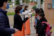Thầy trò trường Tiểu học Xuân Phương mừng rỡ ngày đi học trở lại