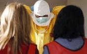 Nước Mỹ lại thay đổi biện pháp đối phó với Ebola
