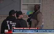Bé 3 tuổi vô tình bắn chết mẹ bằng khẩu súng bán tự động