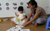 Bí quyết dạy con của mẹ bé gái 15 tháng tuổi đã biết đọc