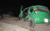 Taxi Mai Linh bị tàu hỏa đâm nát, khách thoát chết gang tấc đêm Giáng sinh