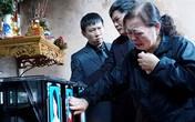 3 mẹ con tử nạn vụ máy bay MH17: Ngày đoàn tụ đầy nước mắt ở nghĩa trang
