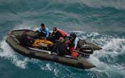 Vụ rơi máy bay QZ8501: Đã tìm thấy 53 thi thể, nhận dạng được 45 người