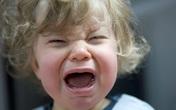 Dân mạng dậy sóng chuyện em bé khóc trong quán ăn