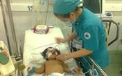Bé gái bị ngã xuống ao hồi sinh sau 10 ngày cấp cứu