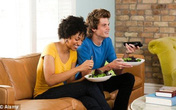 6 thói quen ăn tối khiến bạn tăng cân