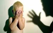Không chịu nghe lời, bé trai 4 tuổi bị cha đánh bất tỉnh