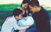 Gia đình Kim Hiền hạnh phúc bên nhau ngày đầy tháng con gái