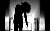 Buồn lòng, nữ sinh lớp 11 treo cổ tự tử