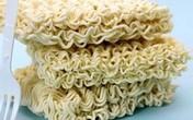 Mỳ ăn liền: Ăn sau 2 tiếng vẫn còn nguyên sợi trong dạ dày