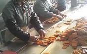 Cận cảnh bên trong công ty sản xuất đồ ăn vặt cho trẻ em bẩn nhất Trung Quốc