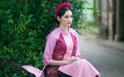 Hoa hậu Trúc Diễm ấn tượng với áo tứ thân của NTK Xuân Thu