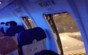 Tự mở cửa thoát hiểm máy bay, 25 hành khách bị bắt giữ
