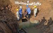 Lại vỡ đường ống nước sông Đà, 70.000 hộ dân bị ảnh hưởng