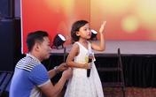 Thái Thùy Linh và ông xã chăm chút cho con gái thi hát