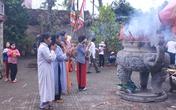 Linh thiêng lễ hội Đền vua Mai